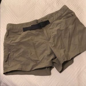 Columbia Shorts! EUC!